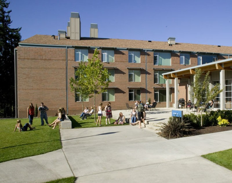 George Fox Residence Hall School & Government